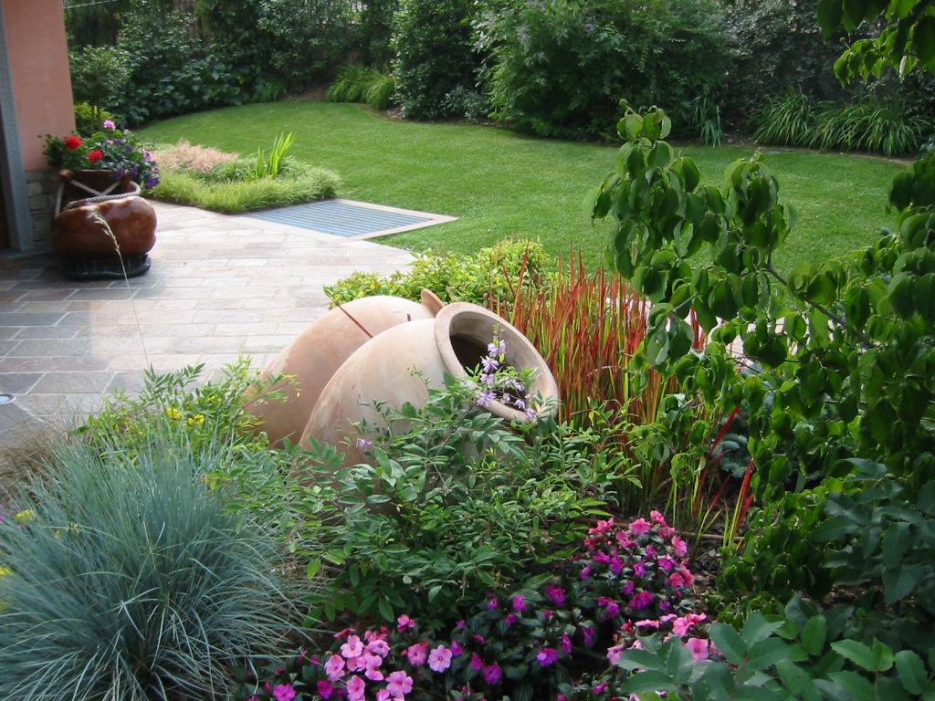 Come fare un giardino mediterraneo lk76 regardsdefemmes for Idee x realizzare un giardino